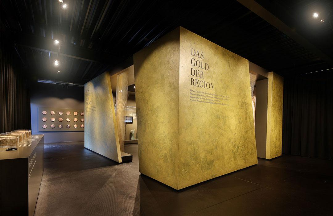 toc. designstudio  - Rogg-in Informationszentrum - Ausstellungs Konzept, Szenografie,  Innenarchitektur, Raumgrafik, Kommunikationsdesign, Multimedia, Web